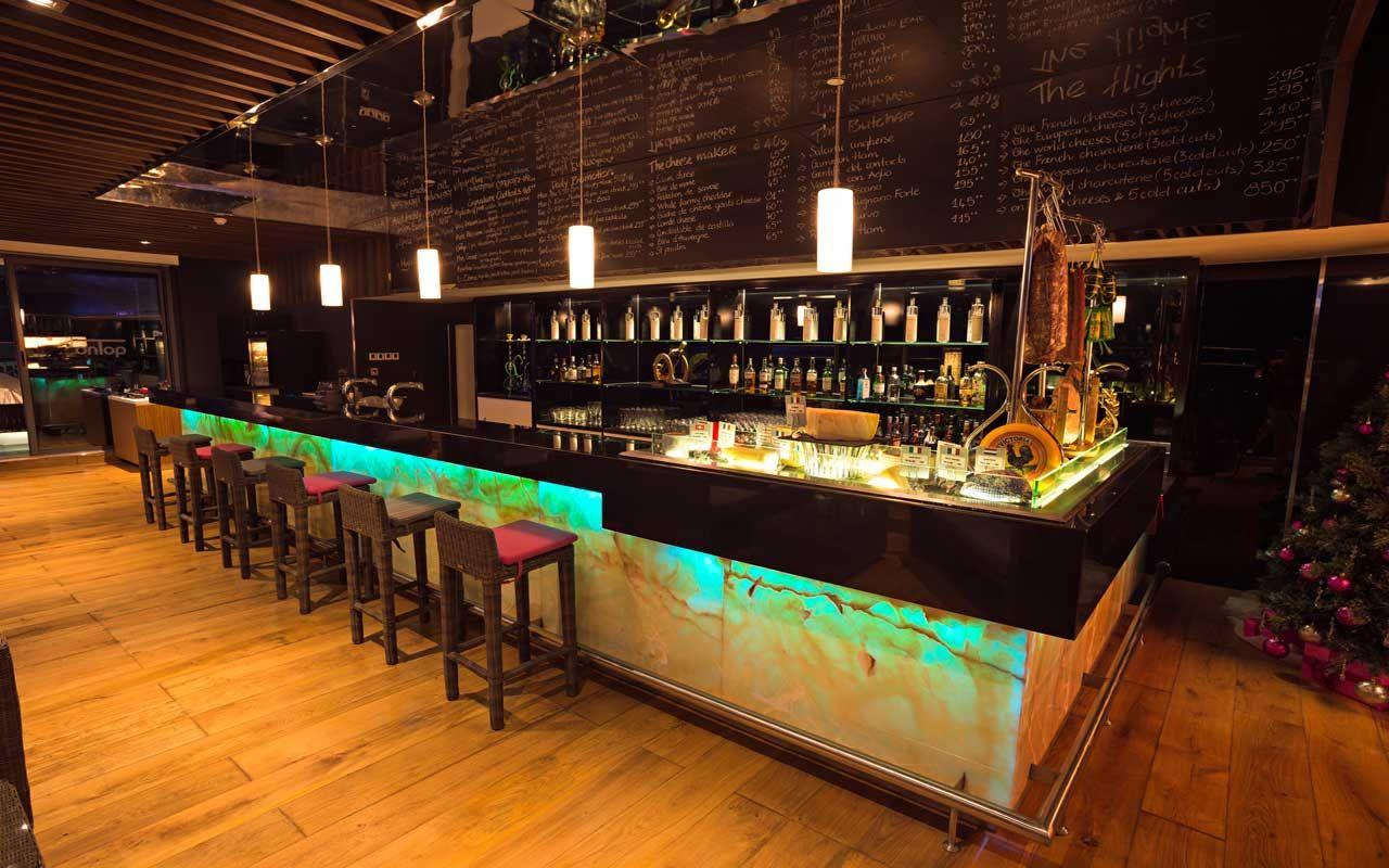 Dịch vụ thi công, lắp đặt trọn gói âm thanh nhà hàng, quán bar
