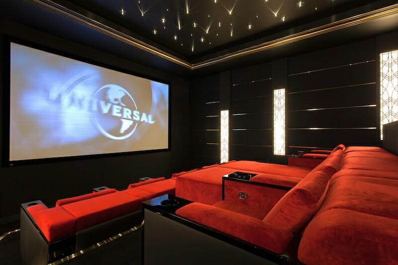 Lắp đặt hệ thống phòng chiếu phim chuyên nghiệp