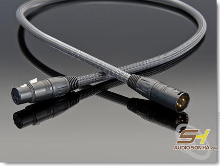 Trasparent  : Premium AES/ABU XLR Digital